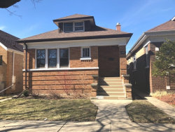 Photo of 4436 N Menard Avenue, CHICAGO, IL 60630 (MLS # 09886414)