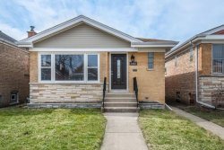 Photo of 5450 N Melvina Avenue, CHICAGO, IL 60630 (MLS # 09887376)