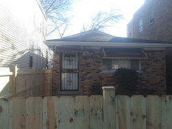 Photo of 6641 S May Street, CHICAGO, IL 60621 (MLS # 09887471)