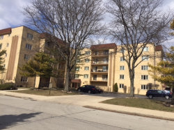 Photo of 6460 W Belle Plaine Avenue, Unit Number 201, CHICAGO, IL 60634 (MLS # 09887673)