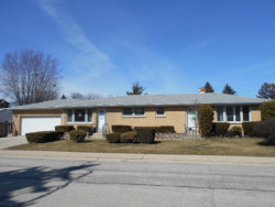 Photo of 240 Country Club Drive, NORTHLAKE, IL 60164 (MLS # 09891661)