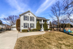 Photo of 310 W Kirchhoff Road, ARLINGTON HEIGHTS, IL 60005 (MLS # 09892965)