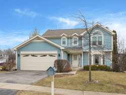 Photo of 1221 Saratoga Drive, CAROL STREAM, IL 60188 (MLS # 09917208)