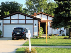 Photo of 5207 W Winding Creek Drive, MCHENRY, IL 60050 (MLS # 09917354)