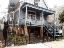 Photo of 3072 N Avers Avenue, CHICAGO, IL 60618 (MLS # 09918654)