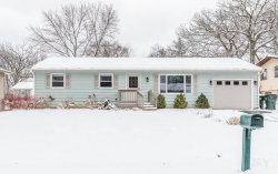 Photo of 2015 W Oakleaf Drive, MCHENRY, IL 60050 (MLS # 09918995)