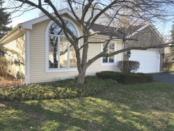 Photo of 290 Governors Lane, ELGIN, IL 60123 (MLS # 09919772)