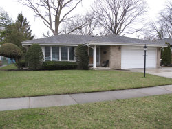 Photo of 12 S Forrest Avenue, ARLINGTON HEIGHTS, IL 60004 (MLS # 09923984)