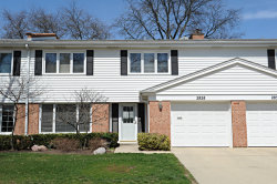 Photo of 2828 E Bel Aire Drive, ARLINGTON HEIGHTS, IL 60004 (MLS # 09924163)