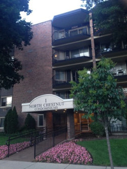 Photo of 1 N Chestnut Avenue, Unit Number 4A, ARLINGTON HEIGHTS, IL 60005 (MLS # 09925311)