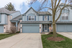 Photo of 655 Marseilles Circle, BUFFALO GROVE, IL 60089 (MLS # 09925472)