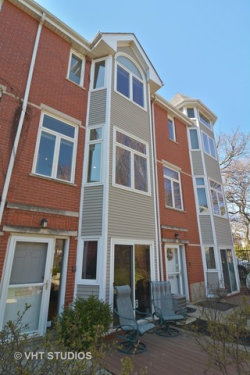 Photo of 2537 N Greenview Avenue, CHICAGO, IL 60614 (MLS # 09925557)