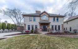 Photo of 922 Crest Street, WHEATON, IL 60189 (MLS # 09926147)