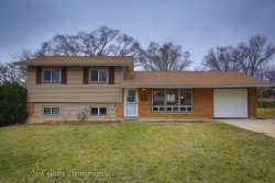 Photo of 1680 Highland Boulevard, HOFFMAN ESTATES, IL 60169 (MLS # 09927993)