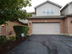 Photo of 612 Daisy Lane, ROSELLE, IL 60172 (MLS # 09948567)