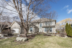Photo of 1552 Old Barn Road, BARTLETT, IL 60103 (MLS # 09954443)