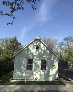 Photo of 730 Ledochowski Street, LEMONT, IL 60439 (MLS # 09955204)