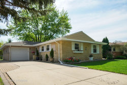 Photo of 865 Madelyn Drive, DES PLAINES, IL 60016 (MLS # 09955305)