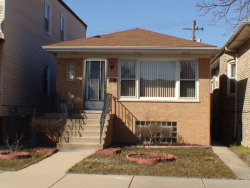 Photo of 5830 W Giddings Street, CHICAGO, IL 60630 (MLS # 09955916)