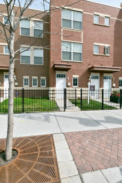 Photo of 2308 E 71st Street, Unit Number 2316, CHICAGO, IL 60649 (MLS # 09956618)
