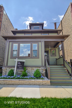 Photo of 3027 W Leland Avenue, CHICAGO, IL 60625 (MLS # 09957242)