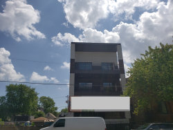 Photo of 1811 N California Avenue, Unit Number 1W, CHICAGO, IL 60647 (MLS # 09967320)