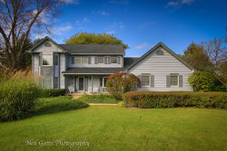 Photo of 7N680 Cloverfield Circle, ST. CHARLES, IL 60175 (MLS # 09983067)