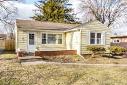 Photo of 511 Division Street, ST. CHARLES, IL 60174 (MLS # 09994100)