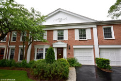 Photo of 714 York Court, NORTHBROOK, IL 60062 (MLS # 10008016)
