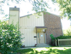 Photo of 628 Sequoia Trail, Unit Number 628, ROSELLE, IL 60172 (MLS # 10009884)