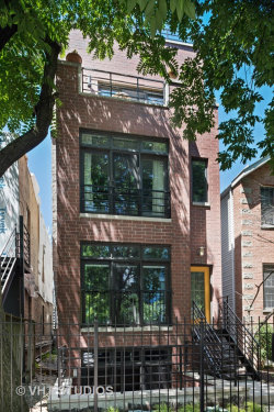 Photo of 526 N Claremont Avenue, Unit Number 1, CHICAGO, IL 60612 (MLS # 10012301)