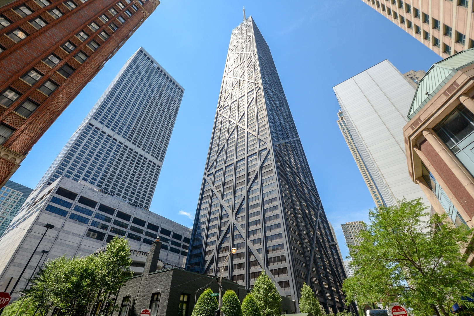 Photo for 175 E Delaware Place, Unit Number 4823, CHICAGO, IL 60611 (MLS # 10013029)
