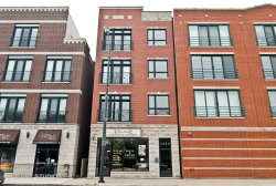Photo of 2009 W Belmont Avenue, Unit Number 4, CHICAGO, IL 60618 (MLS # 10014390)