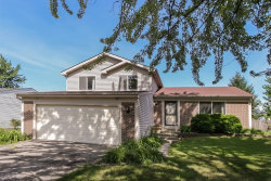 Photo of 2021 Stonefield Drive, GLENDALE HEIGHTS, IL 60139 (MLS # 10016651)