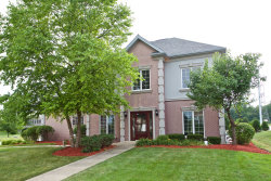 Photo of 1 Keller Court, BOLINGBROOK, IL 60440 (MLS # 10017937)