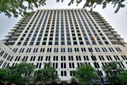 Photo of 1255 S State Street, Unit Number 1607, CHICAGO, IL 60605 (MLS # 10018116)