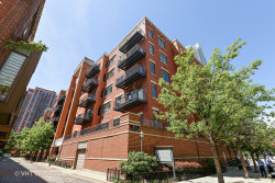 Photo of 330 N Clinton Street, Unit Number 405, CHICAGO, IL 60661 (MLS # 10024166)