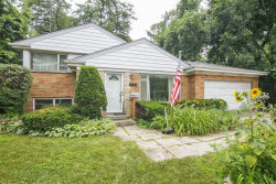 Photo of 1261 Country Lane, NORTHBROOK, IL 60062 (MLS # 10025114)