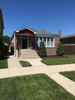 Photo of 5136 S Moody Avenue, CHICAGO, IL 60638 (MLS # 10026036)