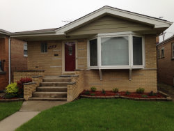 Photo of 6822 W 64th Place, CHICAGO, IL 60638 (MLS # 10026382)