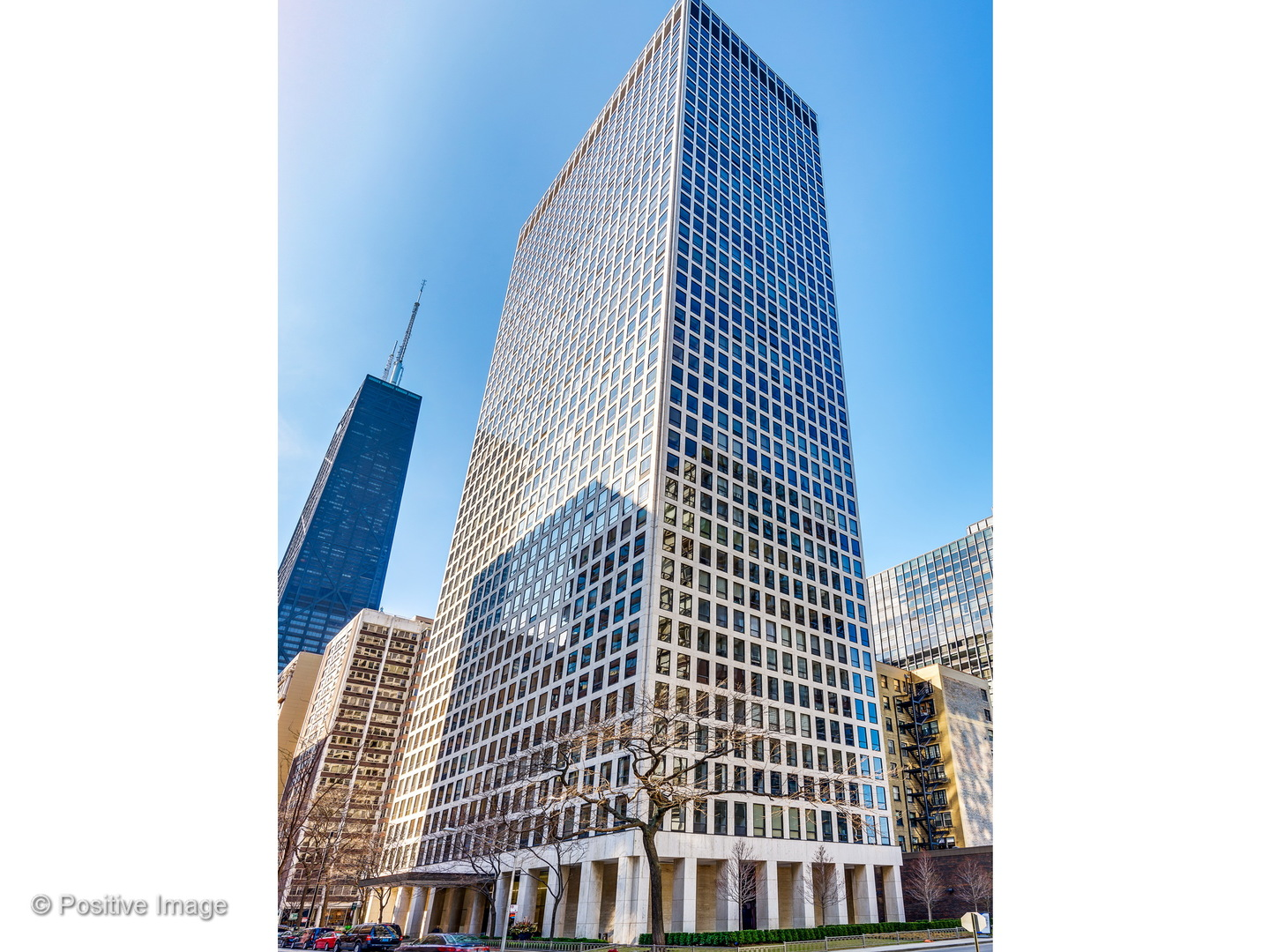 Photo for 260 E Chestnut Street, Unit Number 3101, CHICAGO, IL 60611 (MLS # 10045158)