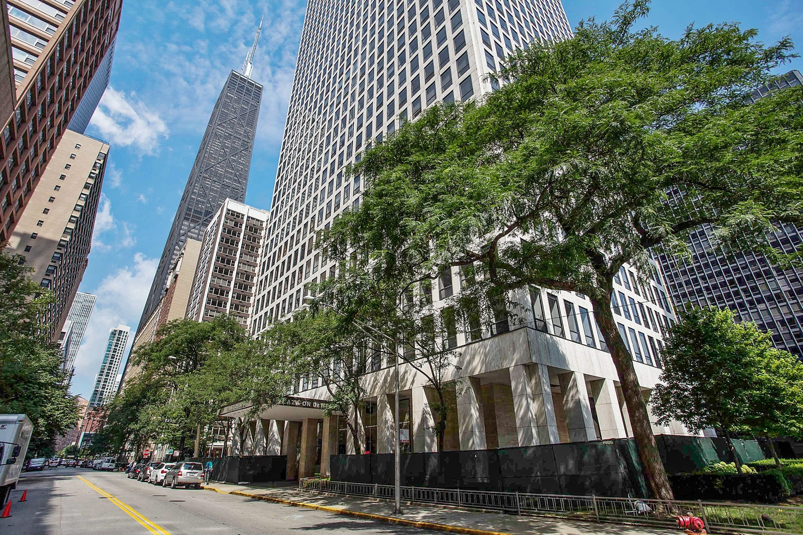 Photo for 260 E Chestnut Street, Unit Number 614, CHICAGO, IL 60611 (MLS # 10045220)