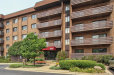 Photo of 2000 Chestnut Avenue, Unit Number 104, GLENVIEW, IL 60025 (MLS # 10054484)