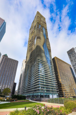 Photo of 225 N Columbus Drive, Unit Number 6005, CHICAGO, IL 60601 (MLS # 10066603)