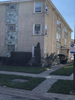 Photo of 5204 N Oakview Street, Unit Number 3W, CHICAGO, IL 60656 (MLS # 10079838)
