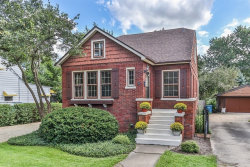 Photo of 23 E Woodworth Place, ROSELLE, IL 60172 (MLS # 10080957)