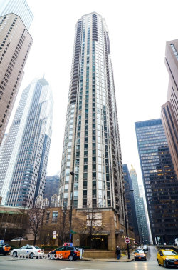 Photo of 222 N Columbus Drive, Unit Number 4001, CHICAGO, IL 60601 (MLS # 10083628)