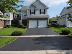 Photo of 522 Orchards Pass, BARTLETT, IL 60103 (MLS # 10089453)