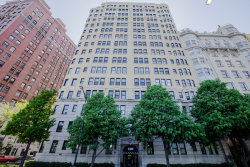 Photo of 3300 N Lake Shore Drive, Unit Number 5C, CHICAGO, IL 60657 (MLS # 10090107)