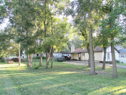 Photo of 24475 W Forest Avenue, ROUND LAKE, IL 60073 (MLS # 10094437)